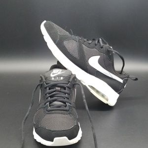 NIKE AIR MAX MUSE WOMEN SHOES